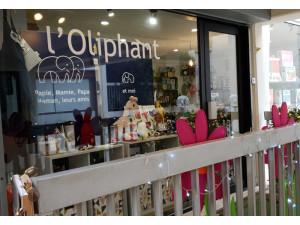 L  OLIPHANT